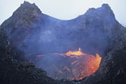 Volcanic Rocks Framed Prints - Small Lava Lake In Pit Crater, Puu Oo Framed Print by Richard Roscoe