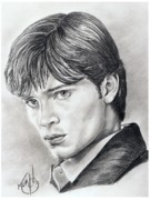 Famous People Drawings - Smallville  Tom Welling by Murphy Elliott