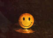 Disk Digital Art Posters - Smile Poster by Peter Chilelli