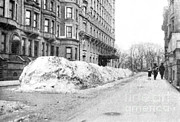 Nyc Snow Prints - Snow Removal, Nyc, 1915 Print by Science Source
