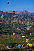 Snowmass Balloon Fest Print by Tom Cuccio