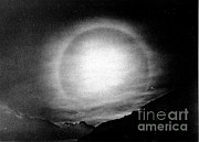 Saint Moritz Prints - Solar Halo, 1928 Print by Science Source