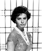 Loren Framed Prints - Sophia Loren, Circa 1950s Framed Print by Everett