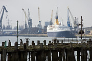 Liner Photos - Southampton old pier and docks by Jane Rix