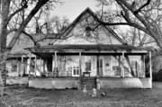 Old Houses Photo Metal Prints - Southern Comfort Metal Print by Jan Amiss Photography