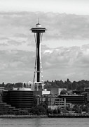 Space Needle Photographs Framed Prints - Space Needle Framed Print by William Jones