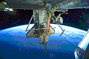 Padre Art - Space Shuttle Atlantis at ISS