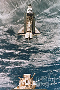 Space-craft Metal Prints - Space Shuttle Atlantis Metal Print by Science Source