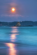 Sea Moon Full Moon Photo Prints - Sparkle Of Orange (full Moon) Print by Tommy Tsutsui