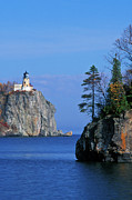 Lichen Prints - Split Rock Lighthouse - FS000120 Print by Daniel Dempster