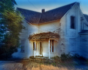 Dilapidated House Photos - Spooky Old House by Jill Battaglia