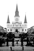 Statue Portrait Digital Art - St Louis Cathedral on Jackson Square in the French Quarter New Orleans Conte Crayon Digital Art by Shawn OBrien