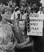 Race Discrimination Prints - St. Petersberg, Florida Demonstrators Print by Everett