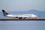 Jet Star Photo Prints - Star Alliance Airlines Jet Airplane At San Francisco International Airport SFO . 7D12199 Print by Wingsdomain Art and Photography