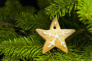 Advent Framed Prints - Star shape short bread cookie Framed Print by Ulrich Schade