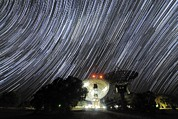 Moonlit Art - Star Trails Over Parkes Observatory by Alex Cherney, Terrastro.com
