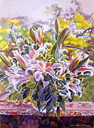 Cut Flowers Paintings - Stargazer Lilies In Glass Bowl by David Lloyd Glover
