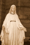Virgin Mary Digital Art - Statue of Mary at Sacred Heart in Tampa by Carol Groenen