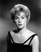 Portraits Posters - Stella Stevens, 1964 Poster by Everett