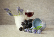 Blue Grapes Photos - Still life by Ellen Van Deelen