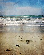 Laura Iverson - Stones Along the Shore