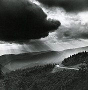 Bruce Roberts and Photo Researchers - Storm Cloud