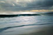 Charmian Vistaunet - Stormcloud over Keawaula Beach