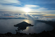 Crater Lake Sunset Prints - Streaks Above The Wizard Print by Adam Jewell
