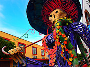 Tlaquepaque Prints - Strut Print by Skip Hunt