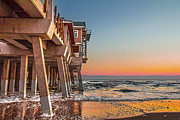 Mary Almond - Sunrise at Jennettes Pier