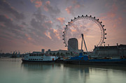 2011 Digital Art Prints - Sunrise London Eye Print by Donald Davis