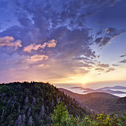 Sun Photographs Photos - Sunrise on the Parkway by Rob Travis