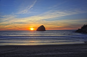 Tiana McVay - Sunset at Cape Kiwanda...
