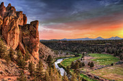 State Park Framed Prints - Sunset At Smith Rock State Park In Oregon Framed Print by David Gn Photography