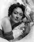 Champagne Photos - Sunset Boulevard, Gloria Swanson, 1950 by Everett