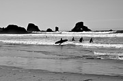 Laurianna Murray - Surfing at Haystack Beach