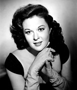 Bracelet Photos - Susan Hayward, 1950 by Everett
