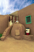 Taos Photos - Taos Oven by Jerry McElroy