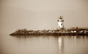York Beach Framed Prints - Tarrytown Lighthouse Framed Print by Skip Willits