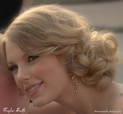 Taylor Swift Art - Taylor made by Sheri Bartoszek