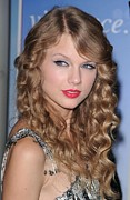 Ringlets Framed Prints - Taylor Swift At A Public Appearance Framed Print by Everett