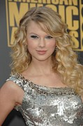 Silver Dress Prints - Taylor Swift At Arrivals For 2008 Print by Everett