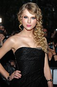 Strapless Dress Prints - Taylor Swift At Arrivals For Time 100 Print by Everett