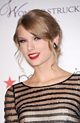 Unveils Posters - Taylor Swift At In-store Appearance Poster by Everett