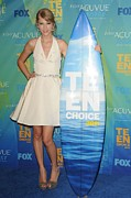 Teen Choice Awards Prints - Taylor Swift In The Press Room For 2011 Print by Everett