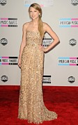 Taylor Swift Photos - Taylor Swift Wearing A Reem Acra Gown by Everett