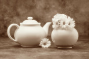 Dishware Posters - Teapot with Daisies II Poster by Tom Mc Nemar