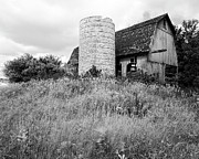 Barn And Silo Prints - Tessman Barn Wauckesha Print by Jan Faul
