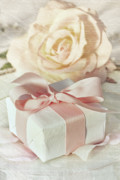 Thank You Gift At Wedding Reception Print by Sandra Cunningham