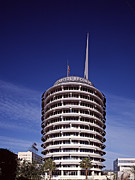 2000s Framed Prints - The 1956 Capitol Records Tower Framed Print by Everett